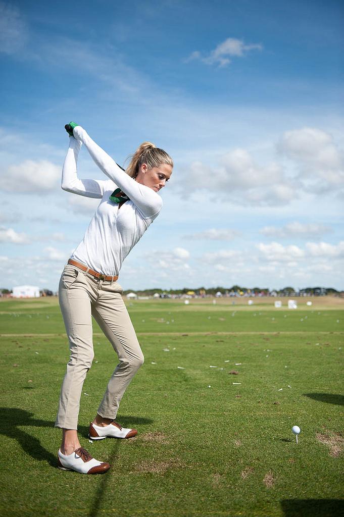 ゴルフ 外人女性